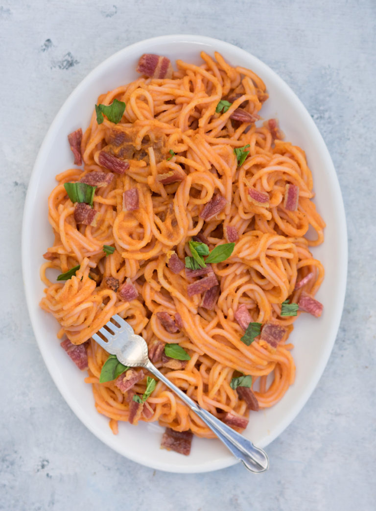 Nomato and Bacon Spaghetti with Basil